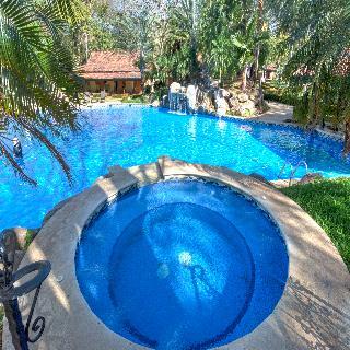 Casa Conde Beachfront Hotel - Pool