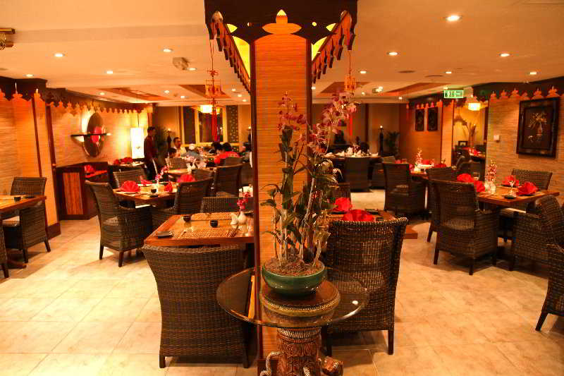 Arabian Courtyard Hotel And Spa - Restaurant