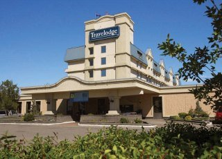 Travelodge Calgary Airport
