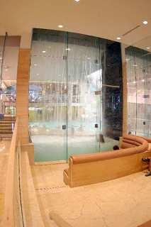 Hilton Hotel & Suites Niagara Falls-Fallsview
