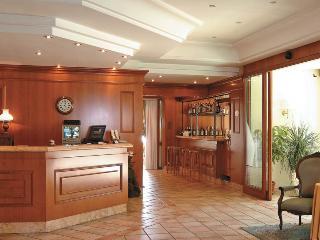 Montespina Park Hotel, Strada Provinciale San Gennaro,2