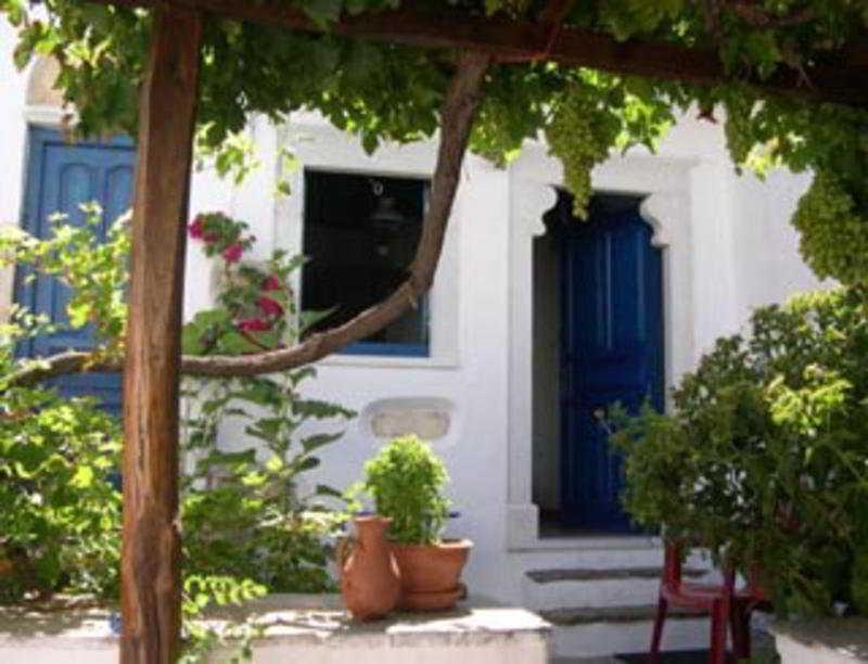 Venetiko Apartments