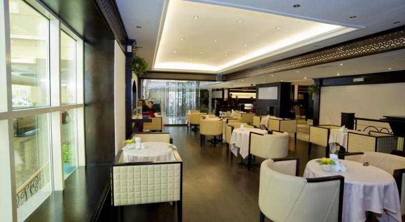 Carlton Tower - Restaurant