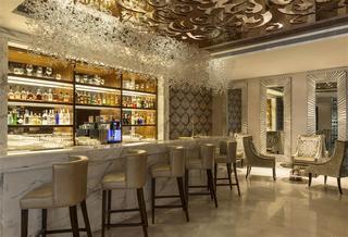 Sheraton Dubai Creek Hotel and Towers - Bar