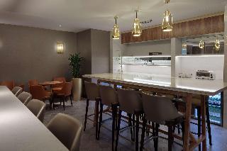 Hilton Belfast, 4 Lanyon Place,