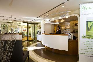 Safari Court Hotel - Diele