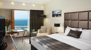 Carlton Tel Aviv Hotel - Luxury on the Beach