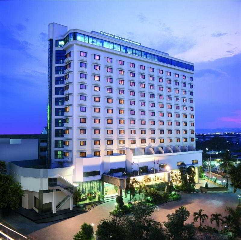 Lanna Palace 2004 Hotel…, Changklan Rd.,184