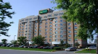 Quality Hotel Montreal…, 8100 Neuville Avenue,