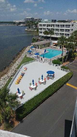 Sailport Resort Waterfront Suites On Tampa Bay