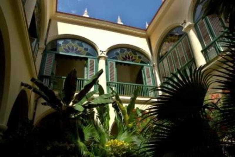 Conde de Villanueva…, C. Mercaderes Esquina A Lamparilla,…