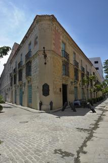 El Comendador, Calle ObrapÍa Esquina Baratillo,55