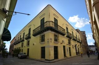 Hostal Valencia, Calle Oficios No. 53 Esq.…