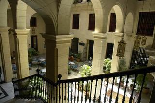 Palacio O'Farrill Boutique, Calle Cuba 102-108 Entre…