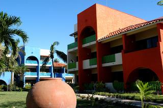 Brisas Santa Lucia All…, Ave Turistica Santa Lucia…