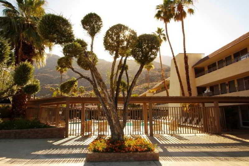 Vagabond Inn Palm Springs, South Palm Canyon Drive,1699