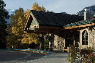 Lake Louise Inn, 210 Village Road,