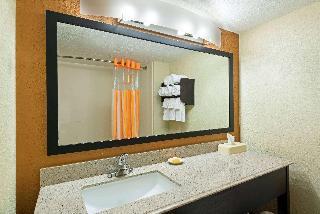 La Quinta Inn & Suites Tampa North I - 75