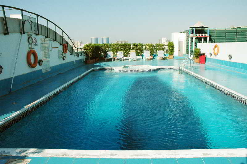 Regent Palace - Pool