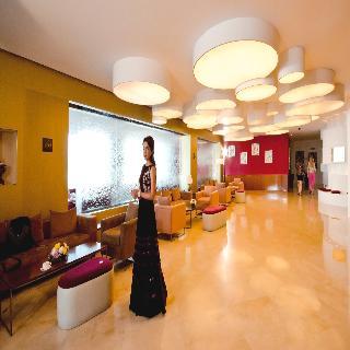 Al Bustan Centre & Residence - Diele