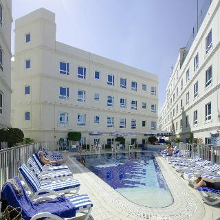 Al Bustan Centre & Residence - Pool