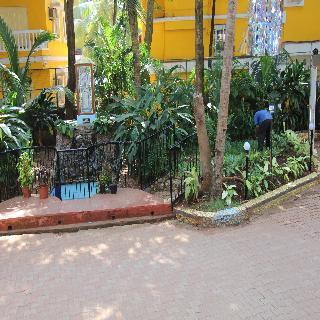 Colonia de Braganza, Behind Plantain Leaf, Naika…