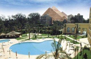 Grand Pyramids