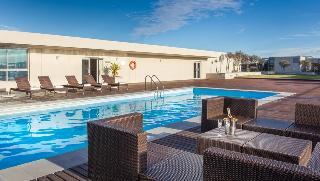 Lagoon Beach Hotel - Pool