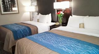 Comfort Inn Pointe Claire Montreal Airport