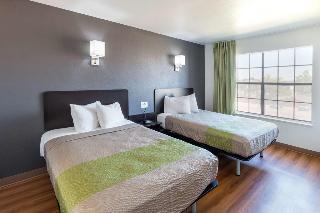 Quality Inn & Stes Arlington