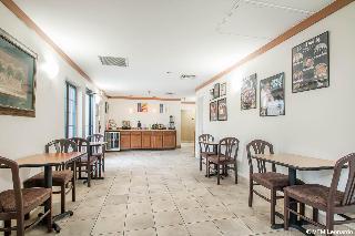 Econo Lodge, South Wildwood Drive,230