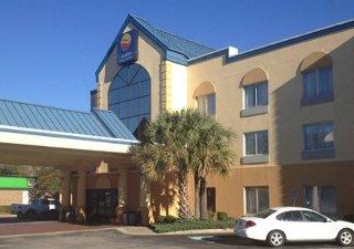 Book Comfort Inn & Suites Ft. Jackson Maingate Columbia - image 12