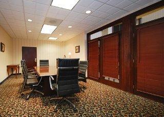 Book Comfort Inn & Suites Ft. Jackson Maingate Columbia - image 5