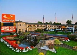 Niagara Falls Hotels:Econo Lodge at the Falls North