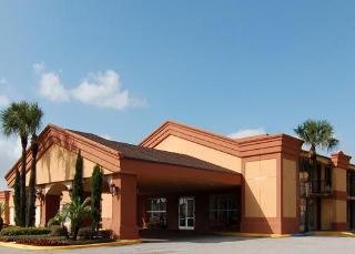 Econo Lodge Inn and Suites Near Florida Mall
