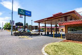 Quality Inn and Suites…, Northeast Sandy Boulevard,9727