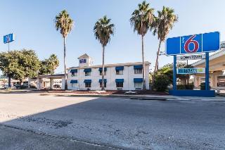 Rodeway Inn Downtown, 900 N. Main Ave.,