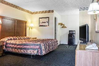 Econo Lodge, 3020 S. 6th Ave. S. 6th Ave.…