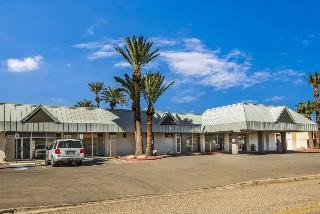 Motel 6, 1025 E. Benson Highway,