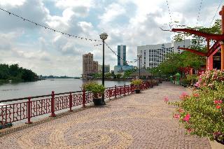 Hilton Kuching, Jalan Tunku Abdul Rahman,