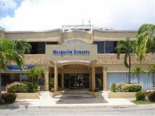 Best Western Margarita…, Av. Bolivar Calle Los Uveros…