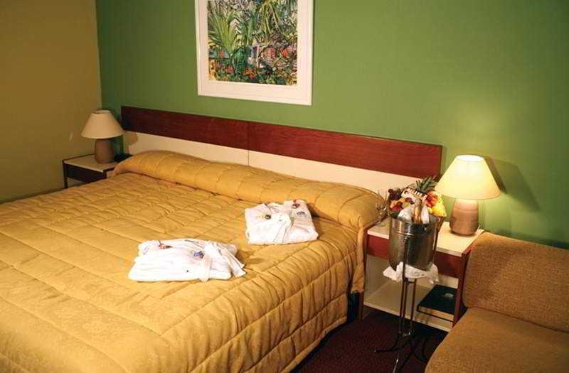 Hotel CCT - Zimmer