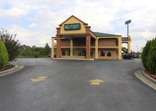 Quality Inn Adairsville