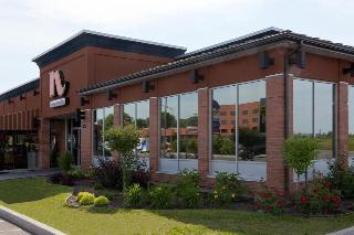 N Hôtel, 3390 Boulevard Sainte Anne,