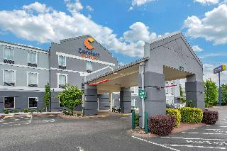 Comfort Suites At Rivergate…, 621 Rivergate Parkway,621