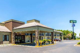 Quality Inn, 3755 Grandview Dr.,