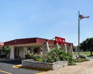 Econo Lodge Kerville, 2105 Sidney Baker St - Kerrville,2105