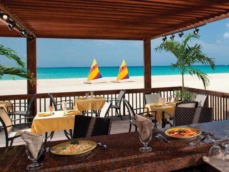 Tamarijn Aruba All Inclusive - Bar