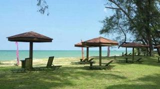 Holiday Villa Beach…, Lot 1303, Mukim Sungai Karang…