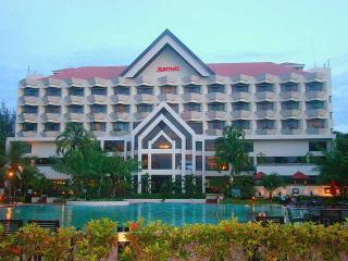Miri Marriott Resort…, Lot 779, Jalan Temenggong…
